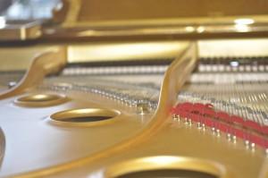 golden piano 2