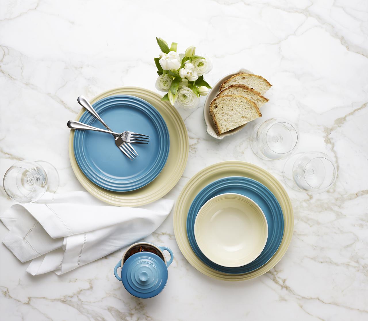 Tableware_Lifestyle_Setting2. Le Creusetu0027s dinnerware ... & Le Creuset Debuts New Dinnerware Range in a Rainbow of Colours - My ...