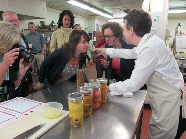 Hands (and nose on) lessons at the Okanagan Food and Wine Writers Workshop (OFWWW)