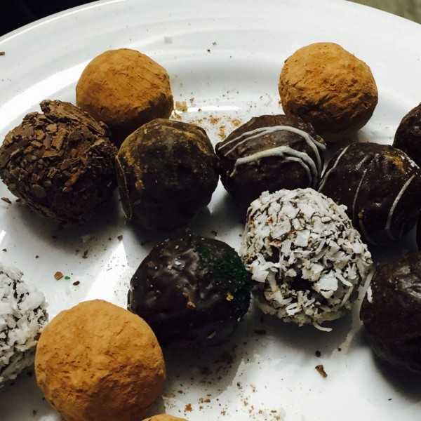 Blueberry chocolate bonbons from Onnink's Blueberry Farm