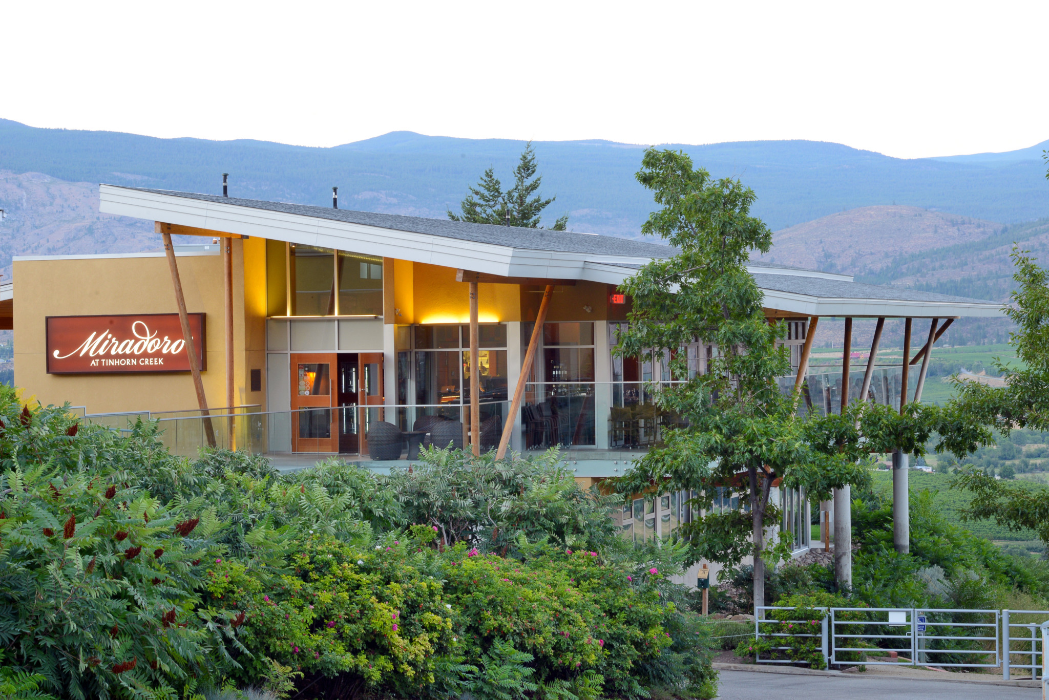 CHEF MEETS BC GRAPE – Icons of Wine & Food Dinner at Miradoro Restaurant at Tinhorn Creek – Friday, June 22