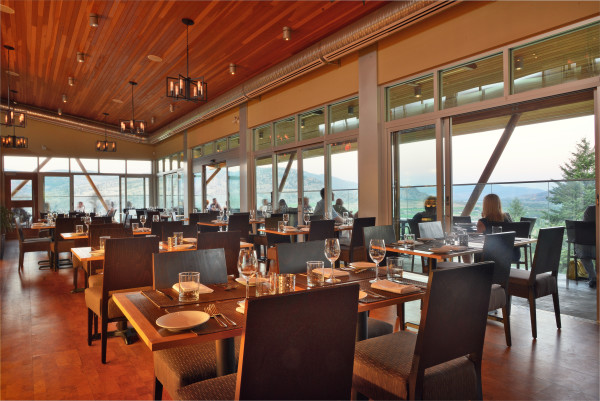 miradoro Dining Area 1