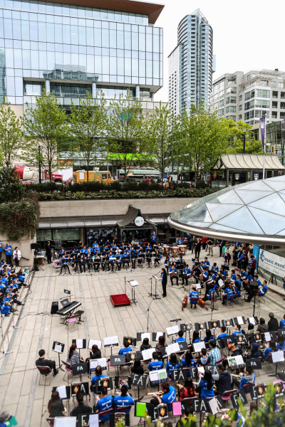 Music Monday participants 2015 at Robson Square photo credit William Luk
