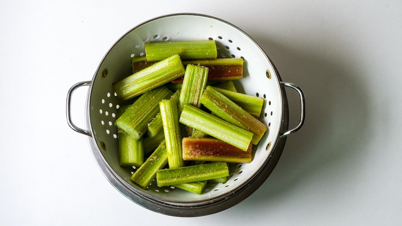 #TasteofThursday rhubarb & ginger tarts – icookstuff