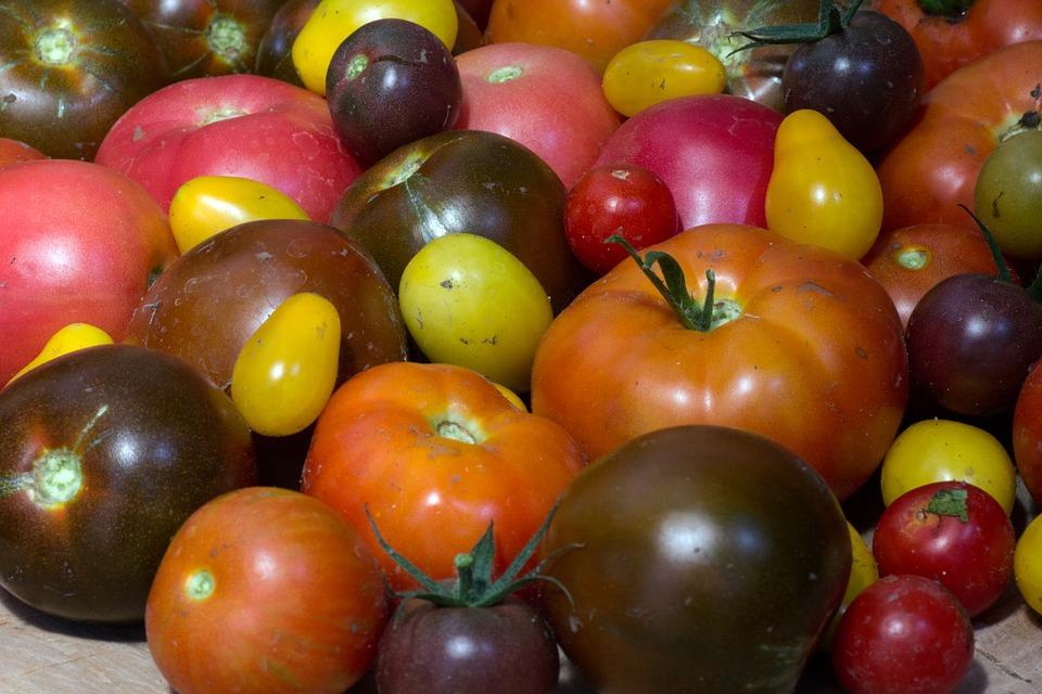 #TasteofThursday Chef Meets BC Grape Okanagan – Chef Trevor Bird Heirloom Tomato Essence recipe