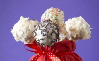 mm cake-pops-332x205
