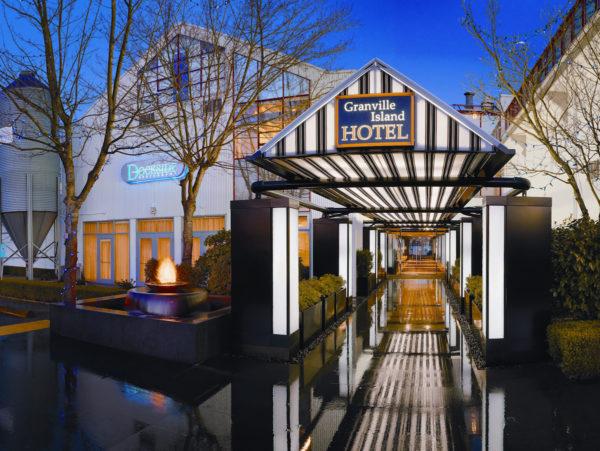 gi-hotel-entrance