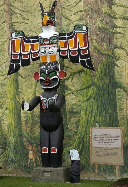 Taking the Duncan Totem Pole Tour - My VanCity