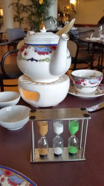Tea steeping for the required time using the hourglass timer - photo: Karl Kliparchuk