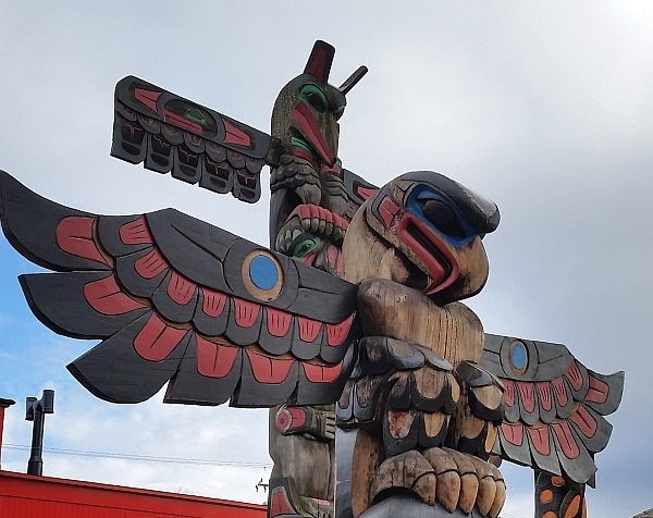 Taking the Duncan Totem Pole Tour