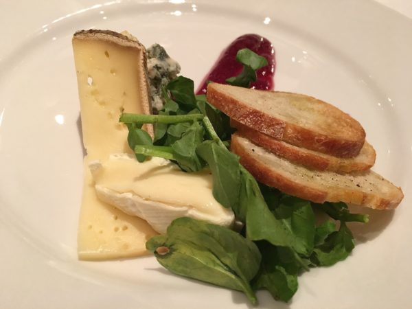 A classic cheese plate was complemented by a wine gel, grainy mustard and crostini - photo by Cathy Browne