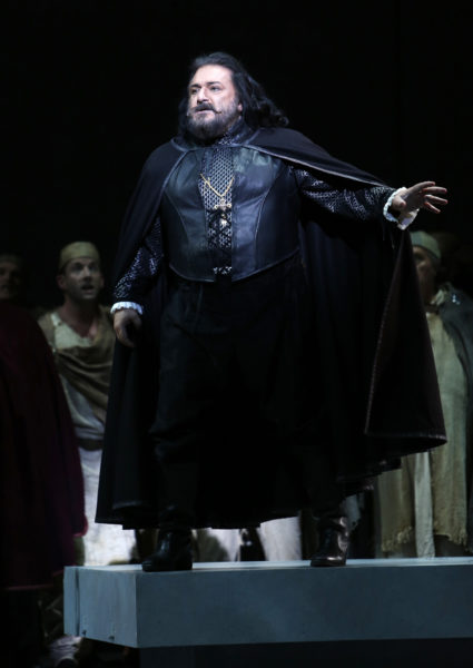 Otello - photo by Tim Matheson
