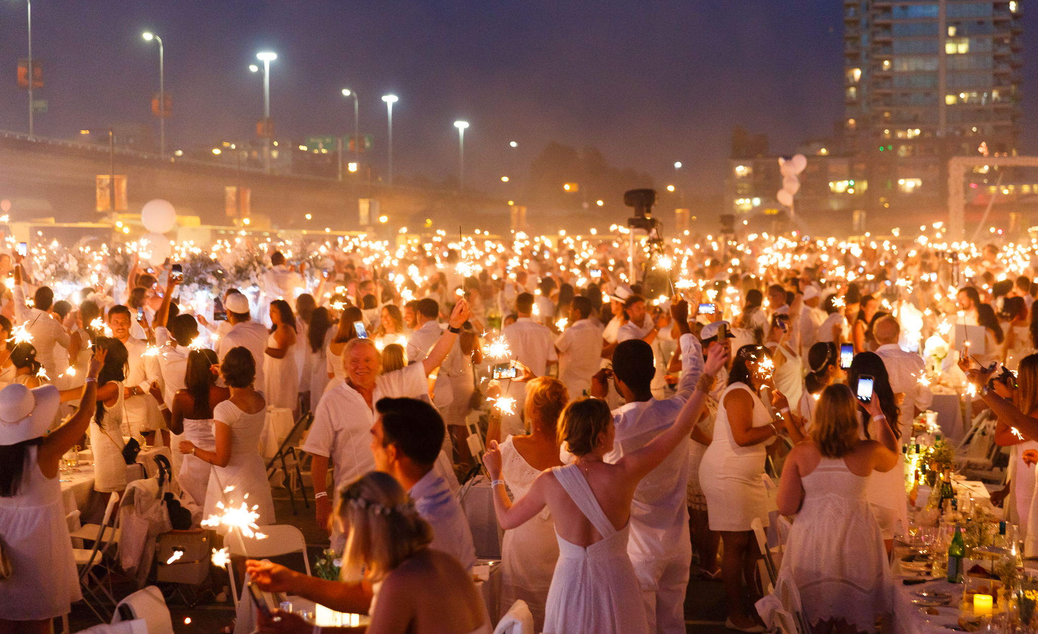 The City's Largest Dinner Party Returns to Vancouver! Le Diner en Blanc