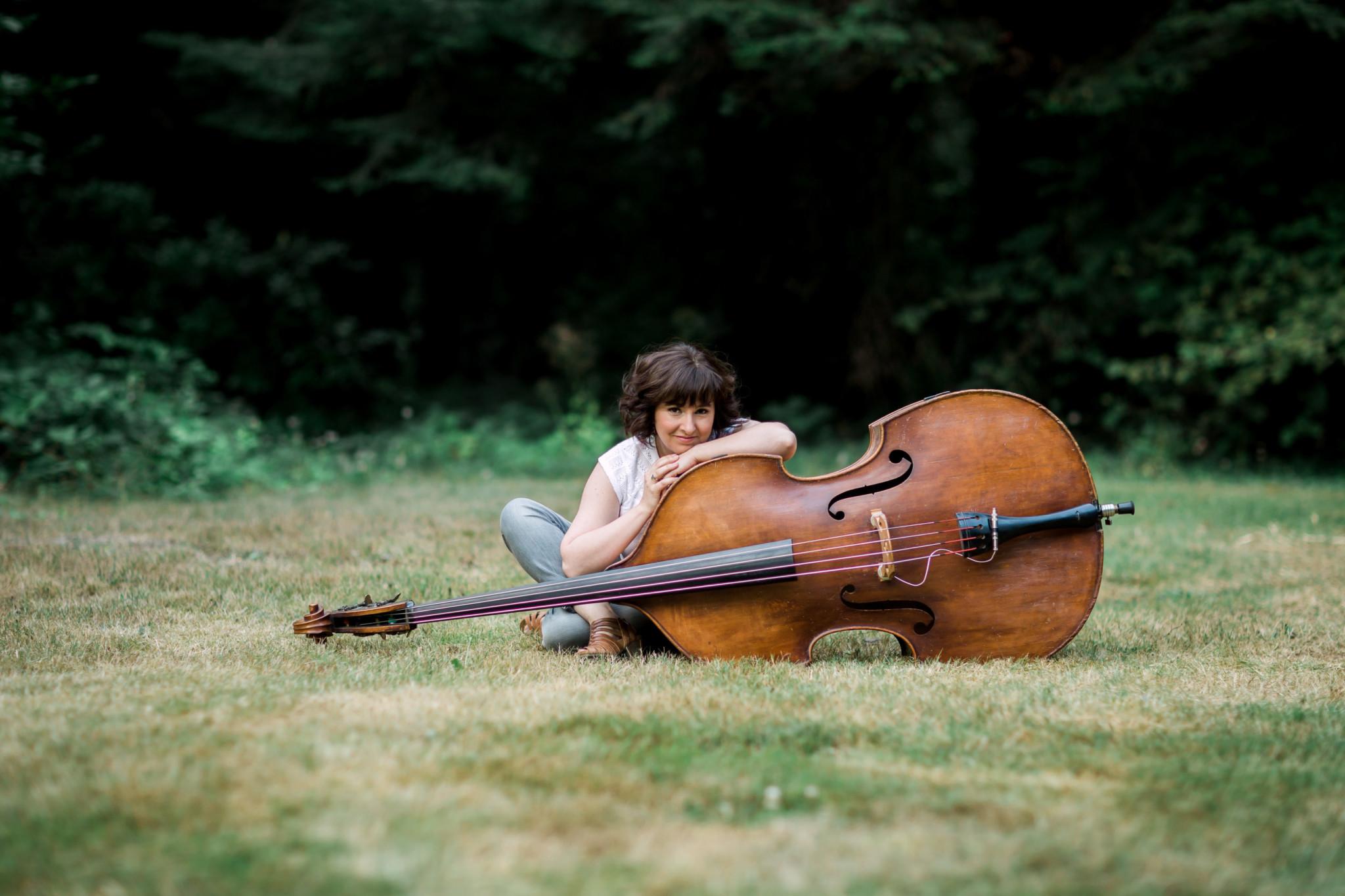 Vancouver Jazz Stalwart & Prodigious Bassist Jodi Proznick  Announces Upcoming Album: Sun Songs