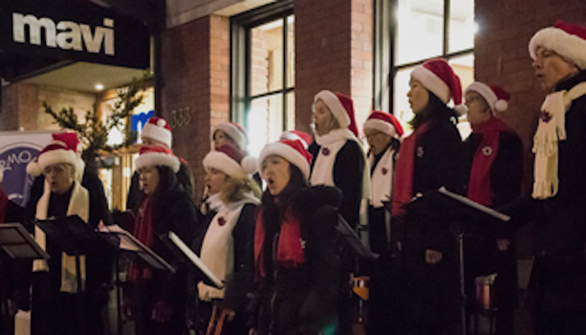 CANDYTOWN CASTS ITS MAGIC OVER YALETOWN THIS HOLIDAY SEASON