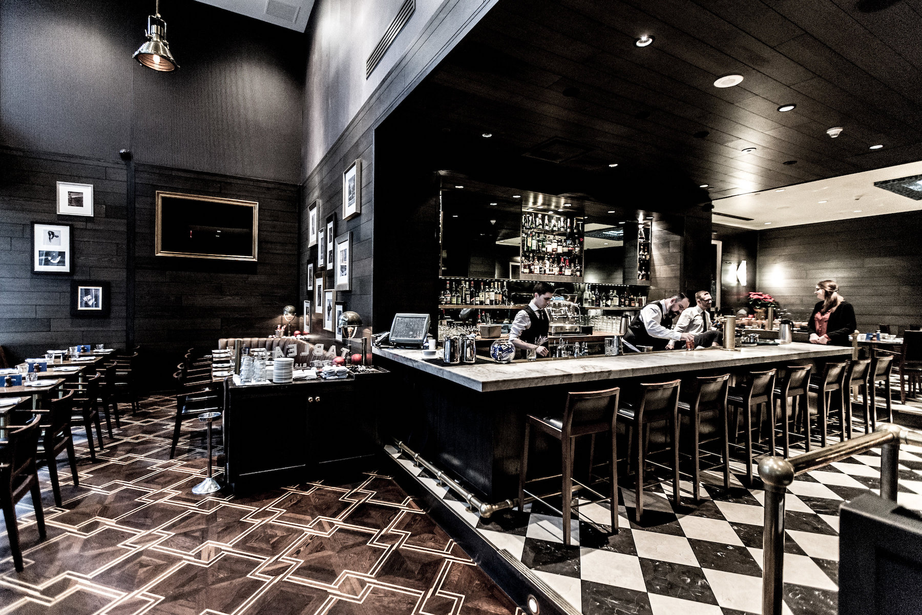 Toast to the New Year at Tableau Bar Bistro