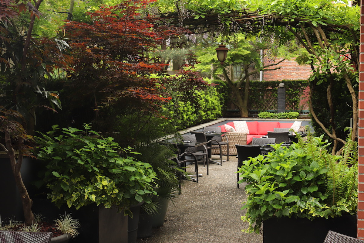 Minami hosts first-ever summer long table omakase dinner on its garden patio