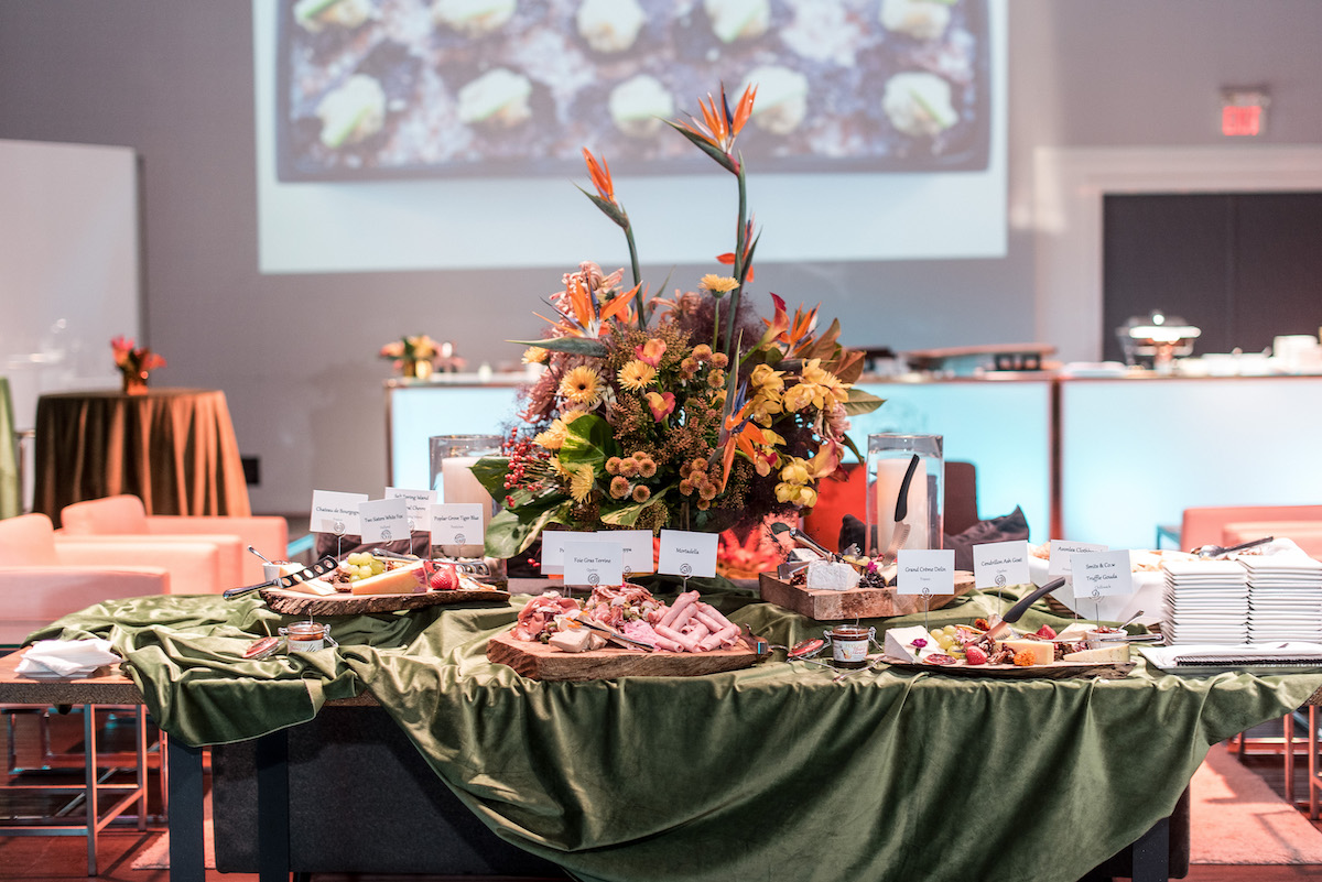 Pacific Yacht Charters Unveils PYC Off-the-Boat Catering for Distinctly Different On Shore Events